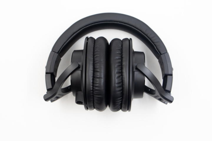 Can You Use 250 Ohm Headphones Without Amp