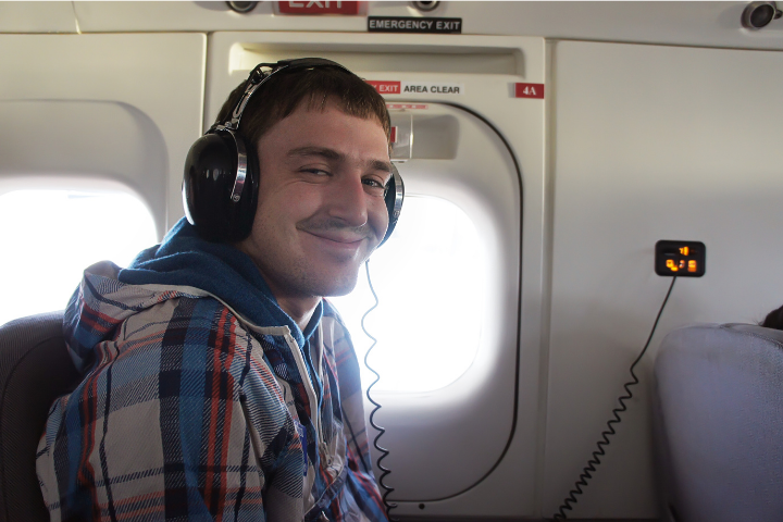 Can You Take The Headphones From Business Class